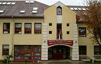 Montagh-Imre-Schule in Esztergom / Ungarn