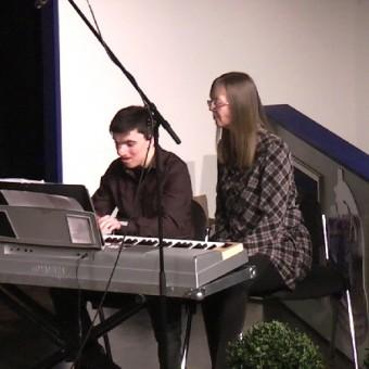 Simon Karolczak und Astrid van Dierendonk– Rurtal-Schule