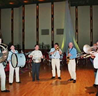 The Happy Feet Brass Band / Niederlande